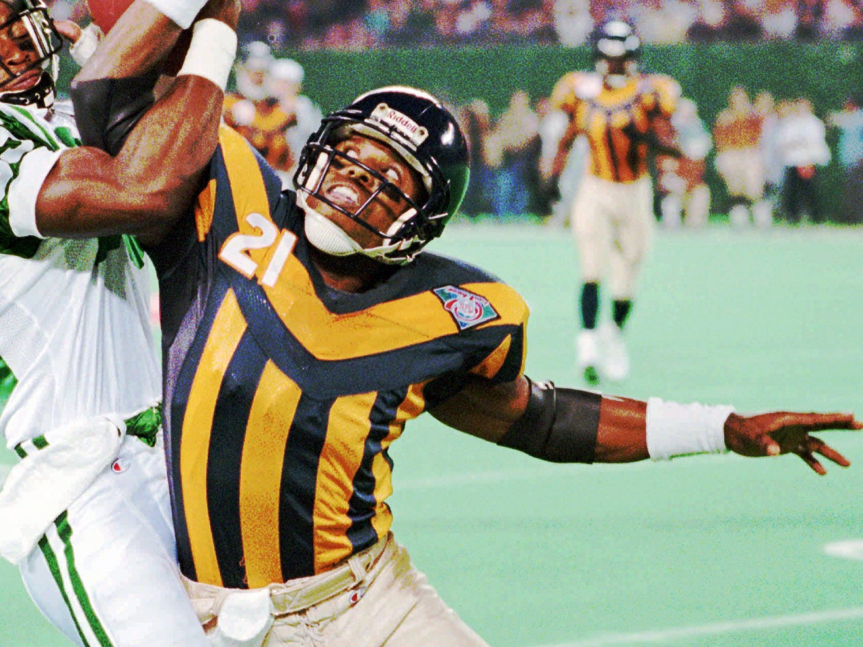 Prison stripes were the new black in 1994 for these Bears 1924 throwback uniforms.