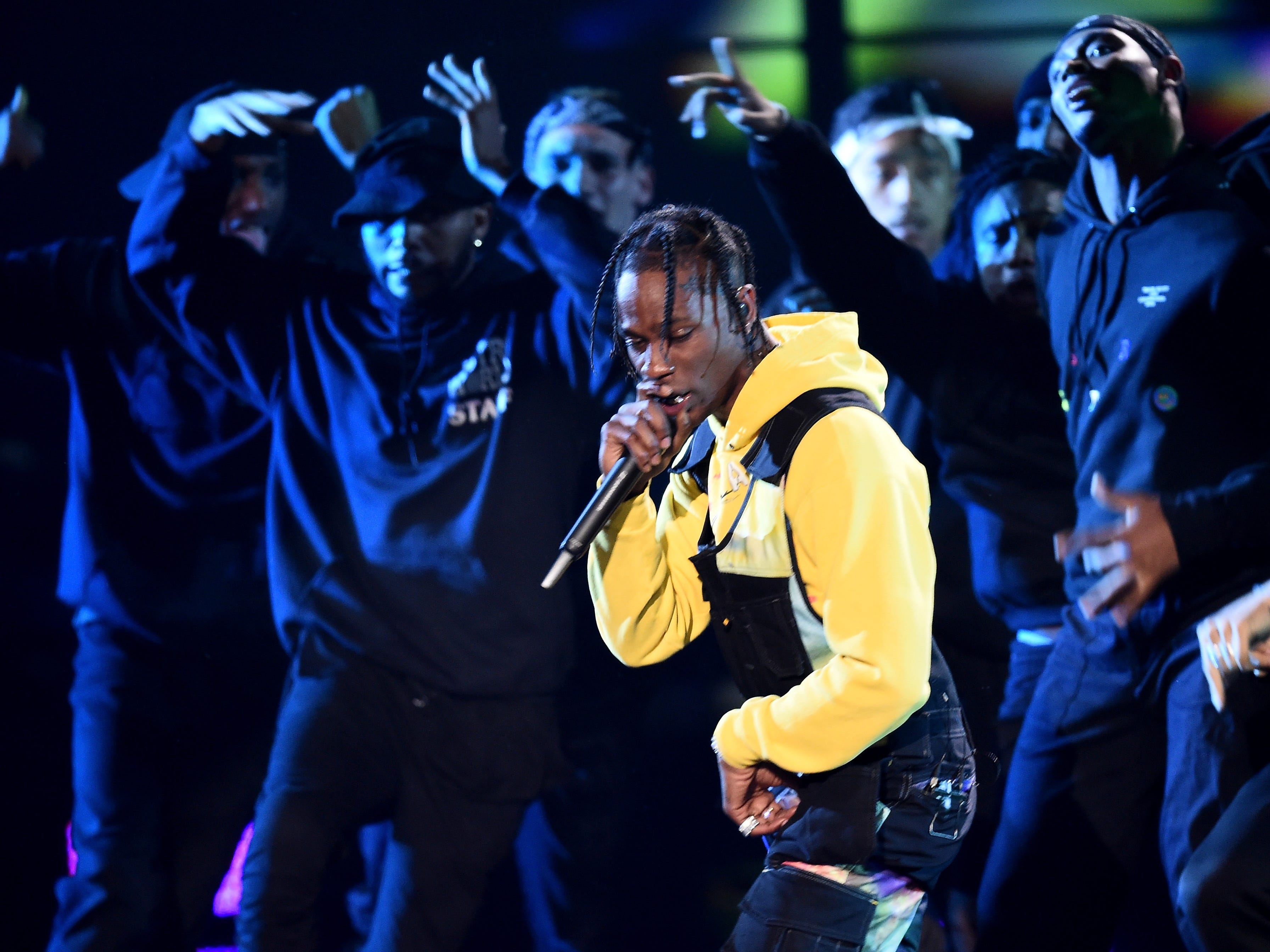 NEW YORK, NY - AUGUST 20:  Travis Scott performs onstage during the 2018 MTV Video Music Awards at Radio City Music Hall on August 20, 2018 in New York City.  (Photo by Michael Loccisano/Getty Images for MTV) ORG XMIT: 775210297 ORIG FILE ID: 1020392546