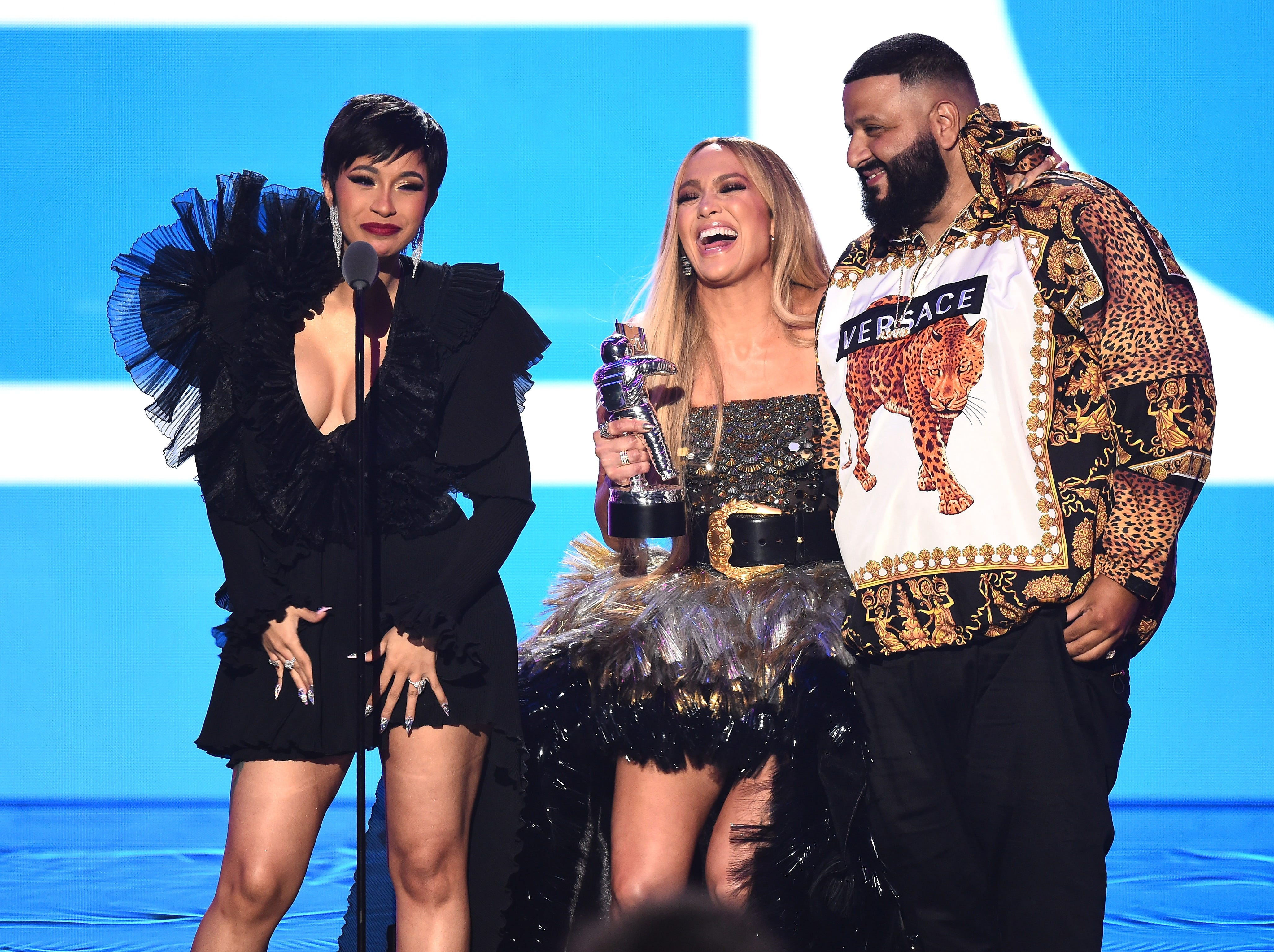 NEW YORK, NY - AUGUST 20:  (L-R) Cardi B, Jennifer Lopez, and DJ Khaled accept the award for Best Collaboration onstage during the 2018 MTV Video Music Awards at Radio City Music Hall on August 20, 2018 in New York City.  (Photo by Michael Loccisano/Getty Images for MTV) ORG XMIT: 775210297 ORIG FILE ID: 1020399376