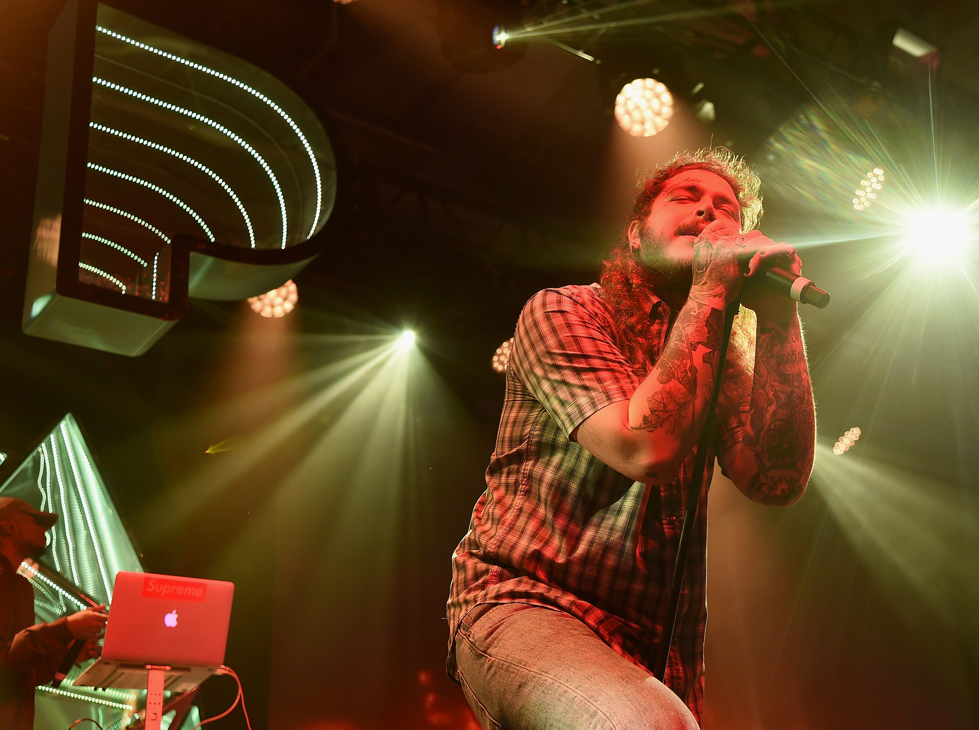 NEW YORK, NY - DECEMBER 05:  Post Malone performs at Pandora Sounds Like You: 2017 on December 5, 2017 in New York City.  (Photo by Theo Wargo/Getty Images for Pandora) ORG XMIT: 775046808 ORIG FILE ID: 886703056
