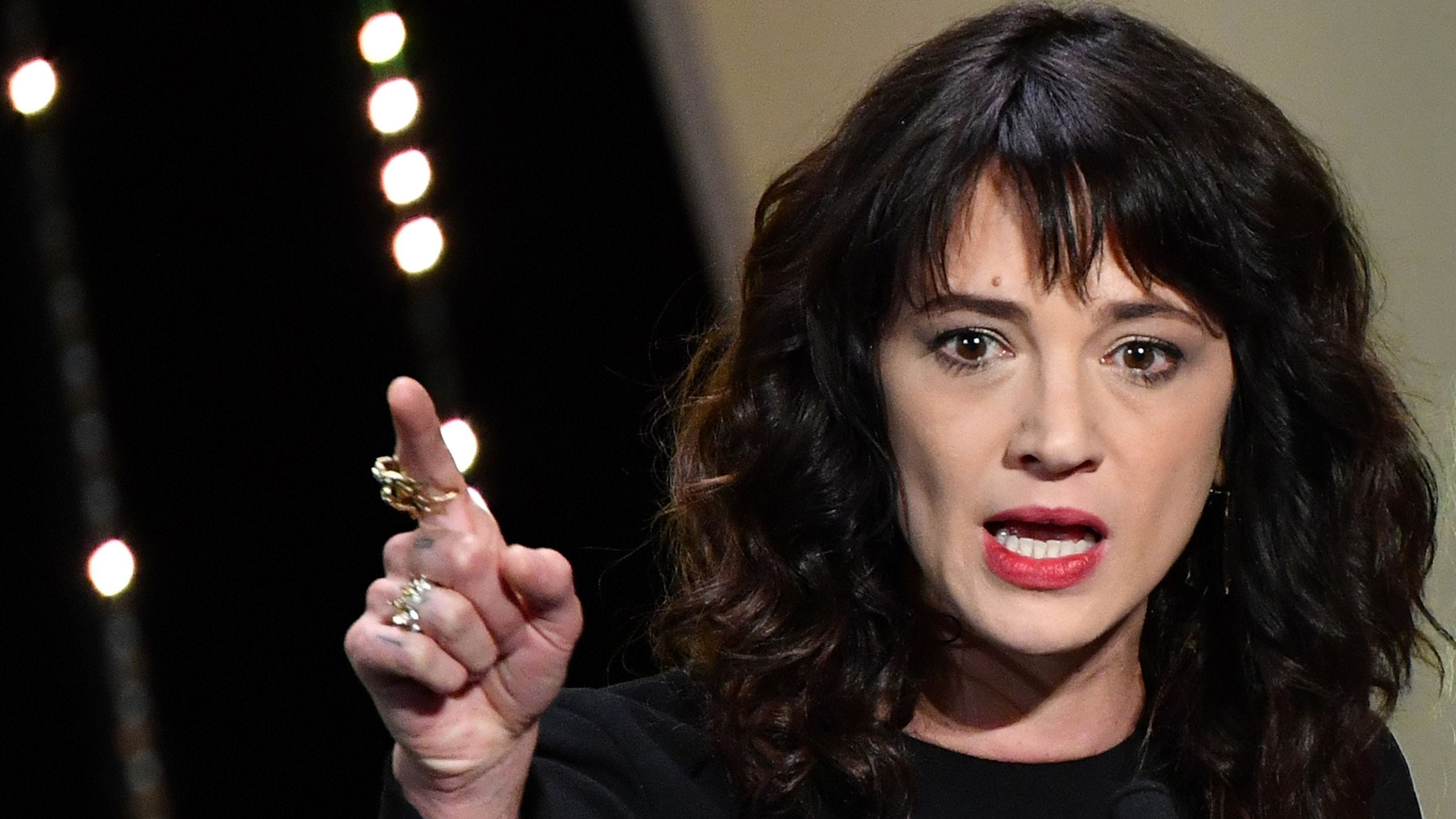 Italian actress Asia Argento on May 19, 2018 at the Cannes Film Festival in Cannes, France. / AFP)ALBERTO PIZZOLI/AFP/Getty Images ORIG FILE ID: AFP_18I4F7