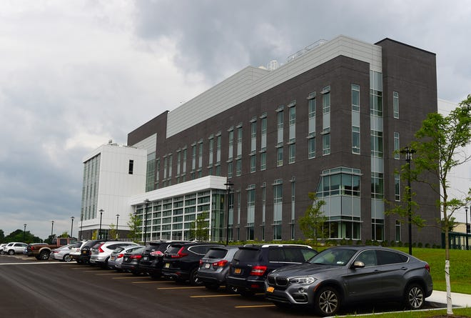 Binghamton University's new School of Pharmacy and Pharmaceutical Sciences officially opened for the start on classes on Wednesday, August 22, 2018.