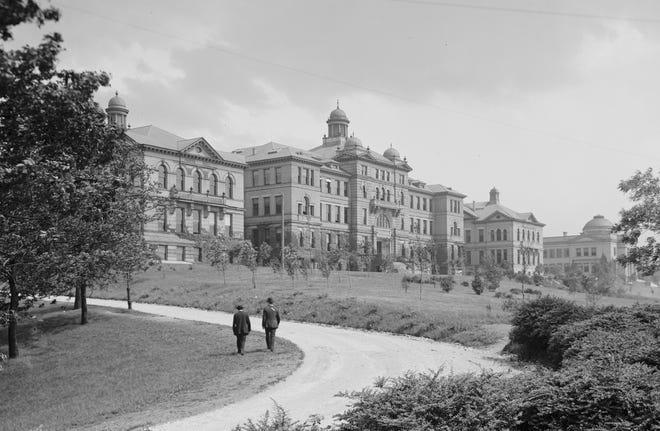 The University of Cincinnati had just established itself near Burnet Woods, circa 1904.