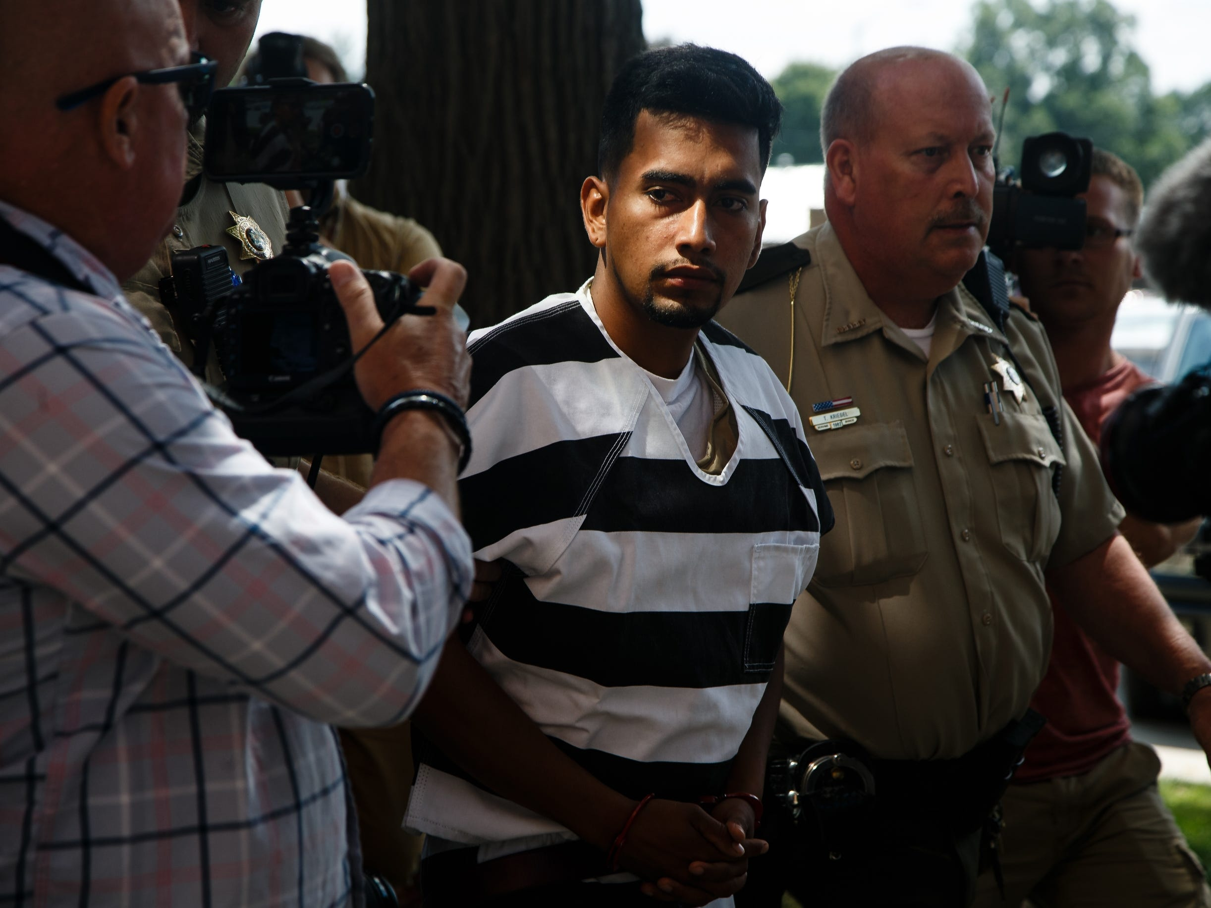 Mollie Tibbetts suspect's past begins to emerge as scrutiny expands