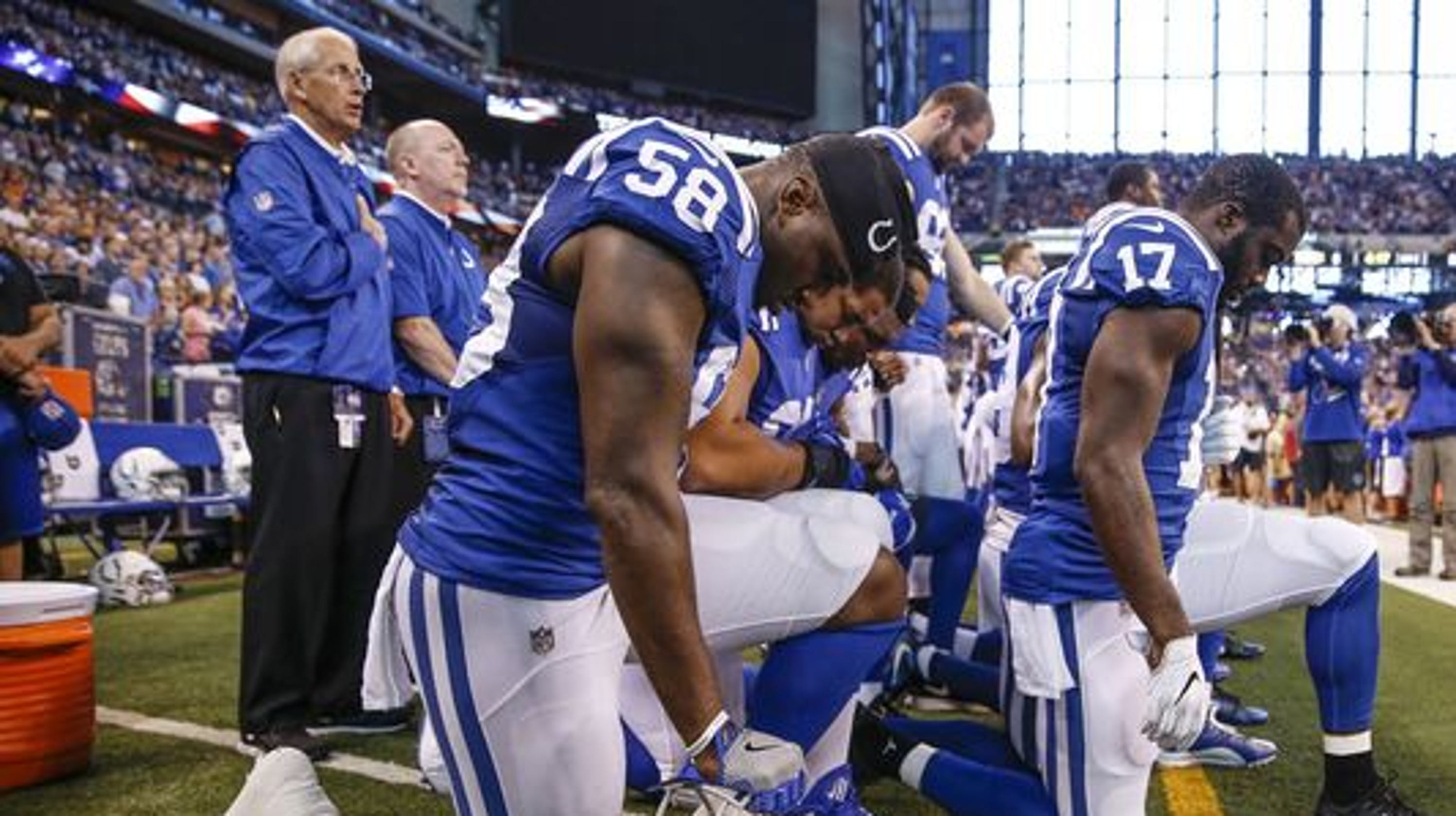 7ba8b2b8d47 NFL anthem protests: How kneeling started, what players are doing now