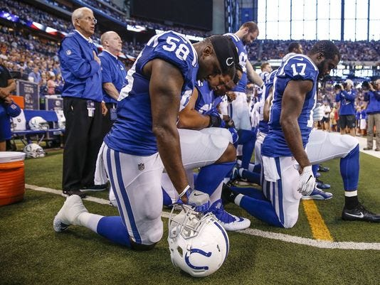 Colts Players Kneel 1