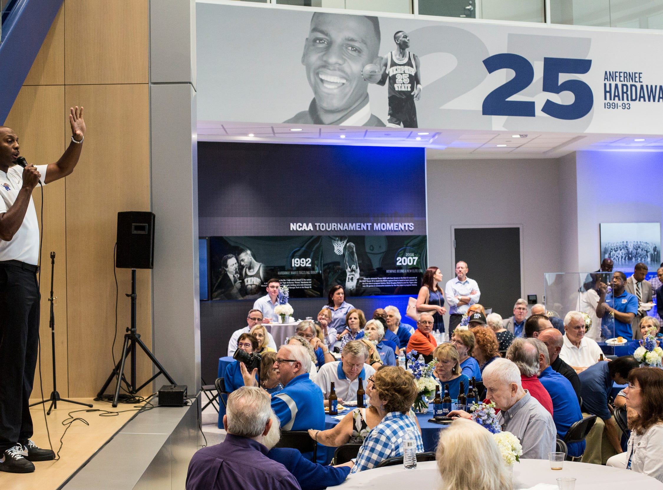 August 21 2018 - Penny Hardaway, coach of the Memphis men's basketball team, speaks during an appearance at the Memphis Rebounders annual preseason banquet at the Laurie-Walton Family Basketball Center.