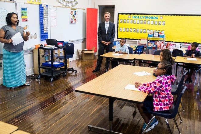 August 22 2018 - Governor Bill Haslam visits a classroom at Achievement School District school Georgian Hills Achievement Elementary School.