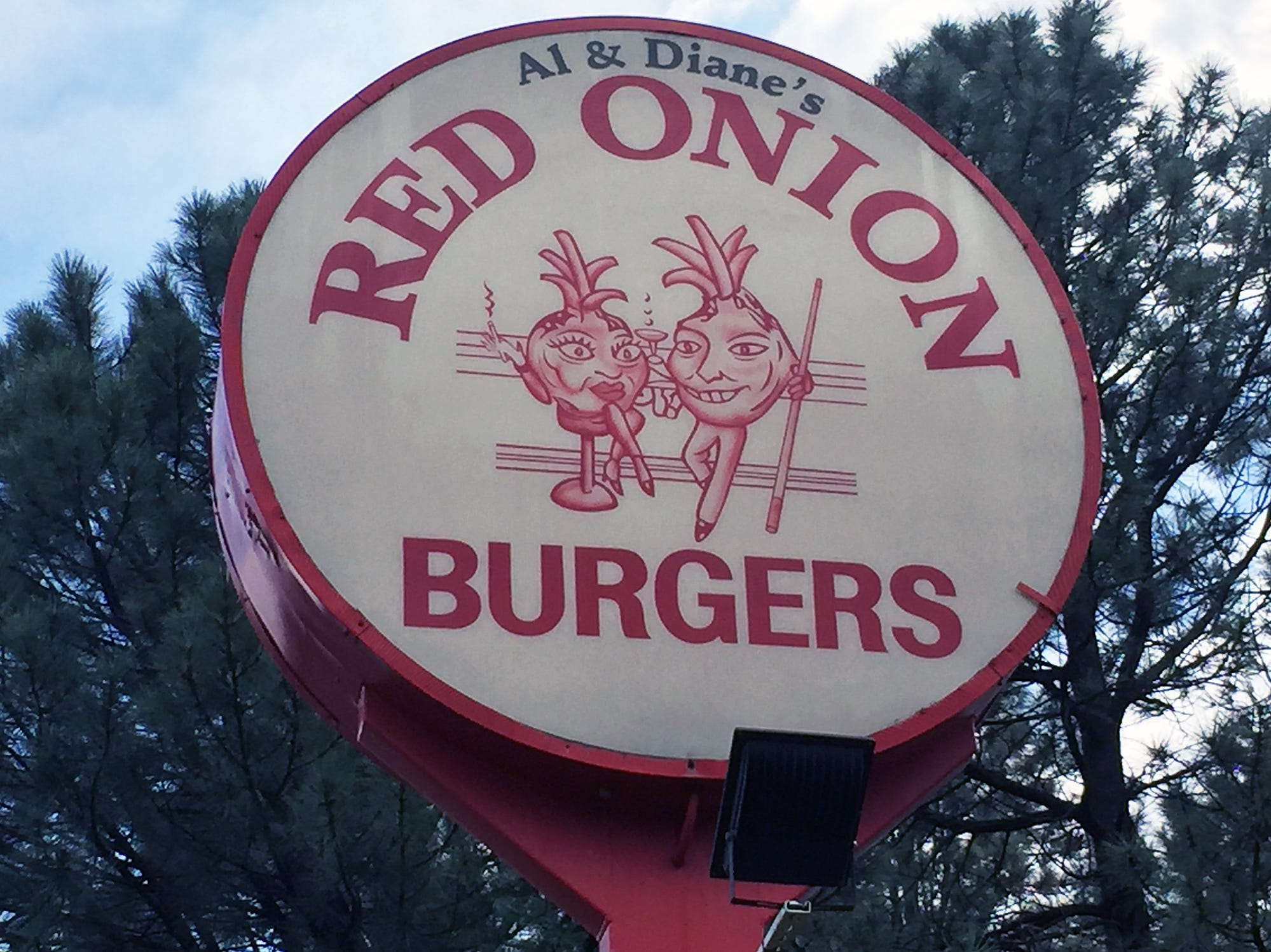 Riders stopped for lunch at the Red Onion in Overgaard, Arizona, on the second day of the Southwest Ride Home. The nine-day ride started in San Diego on Aug. 21 and ends in Milwaukee Aug. 29.