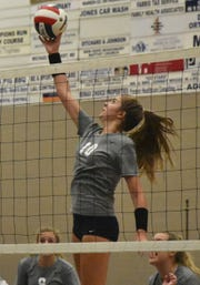 Blackman's Ashllyn King goes for a kill during a 2018 match at Siegel.