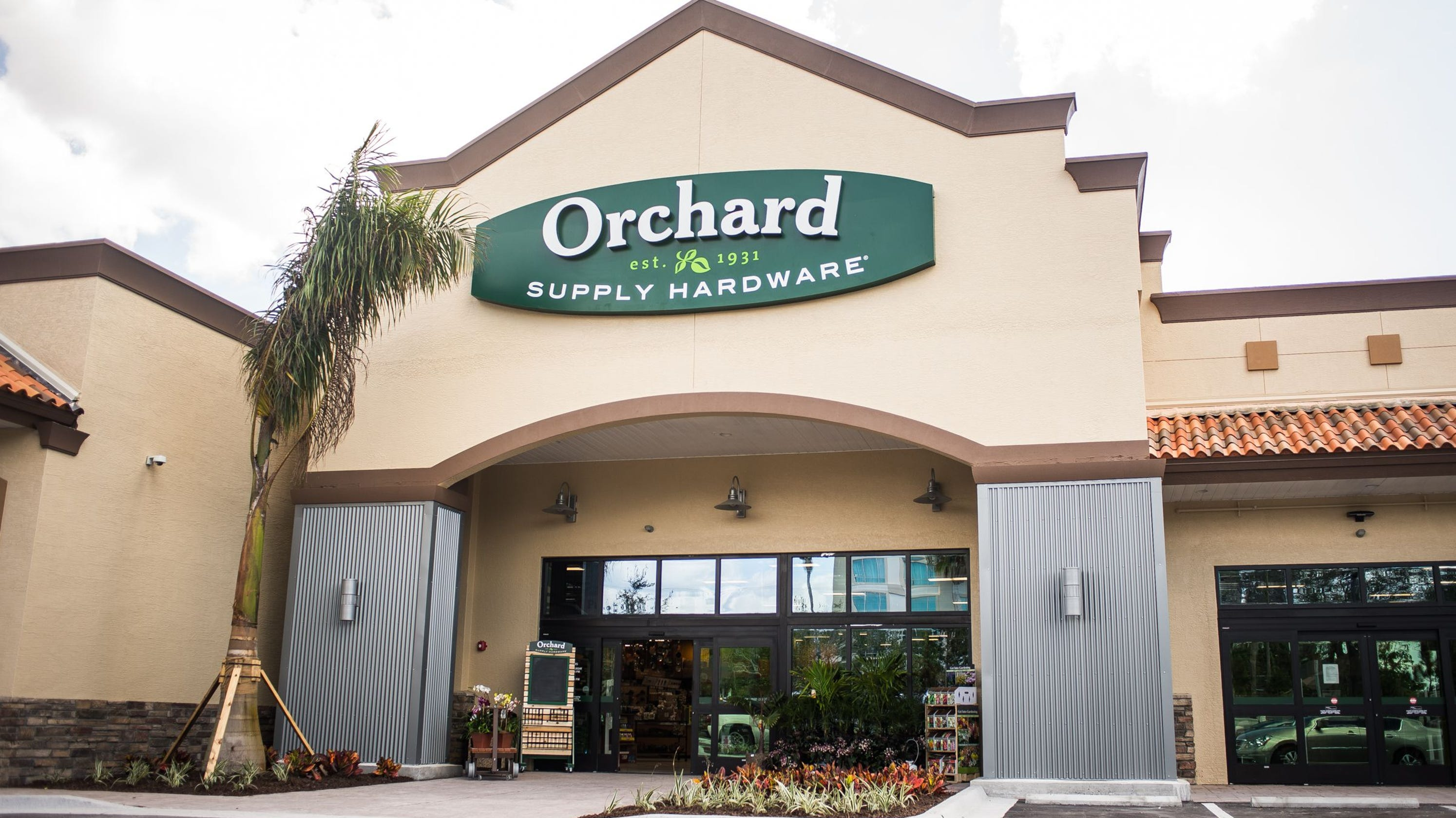 Lowes to close all orchard supply hardware stores in u s including two in naples area