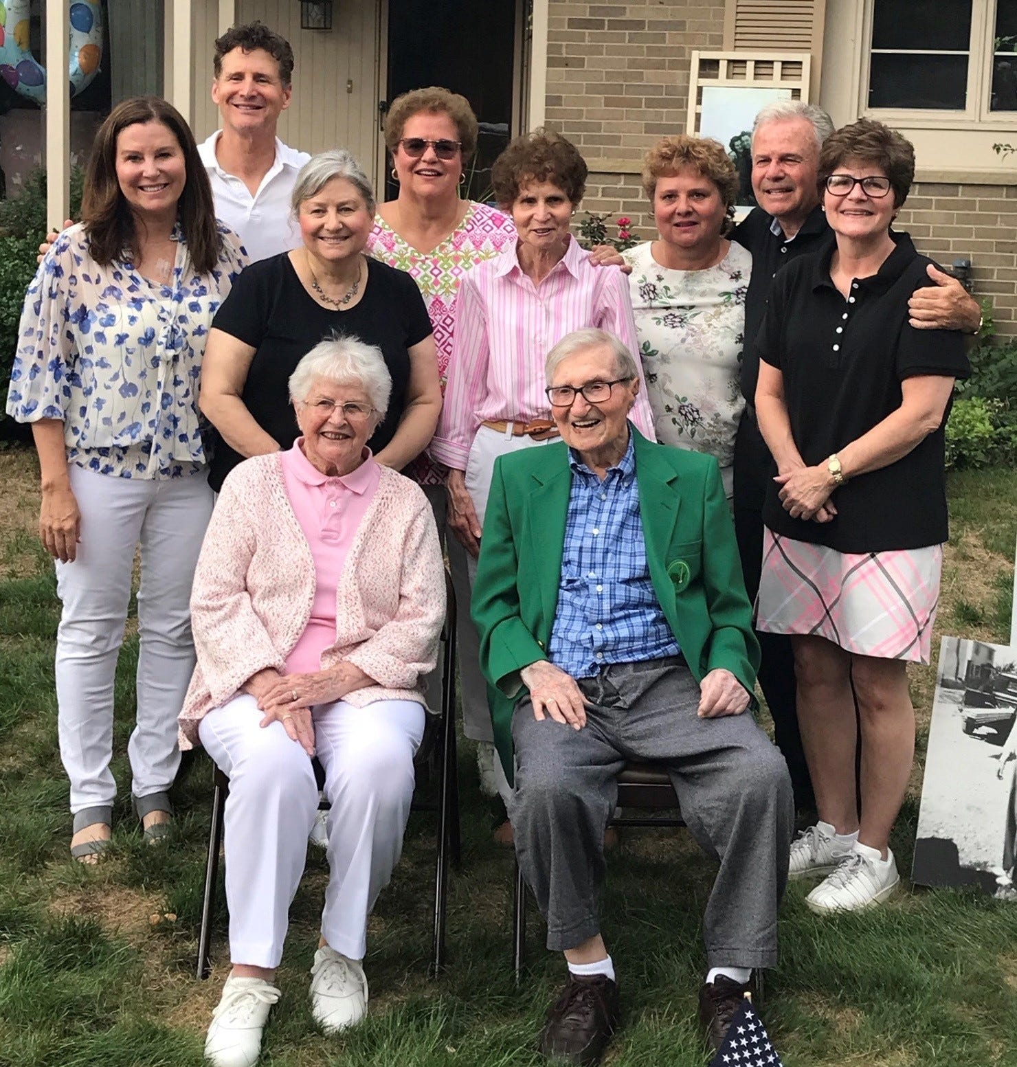 Family Marks Patriarch S 100th Birthday With Signs Balloons