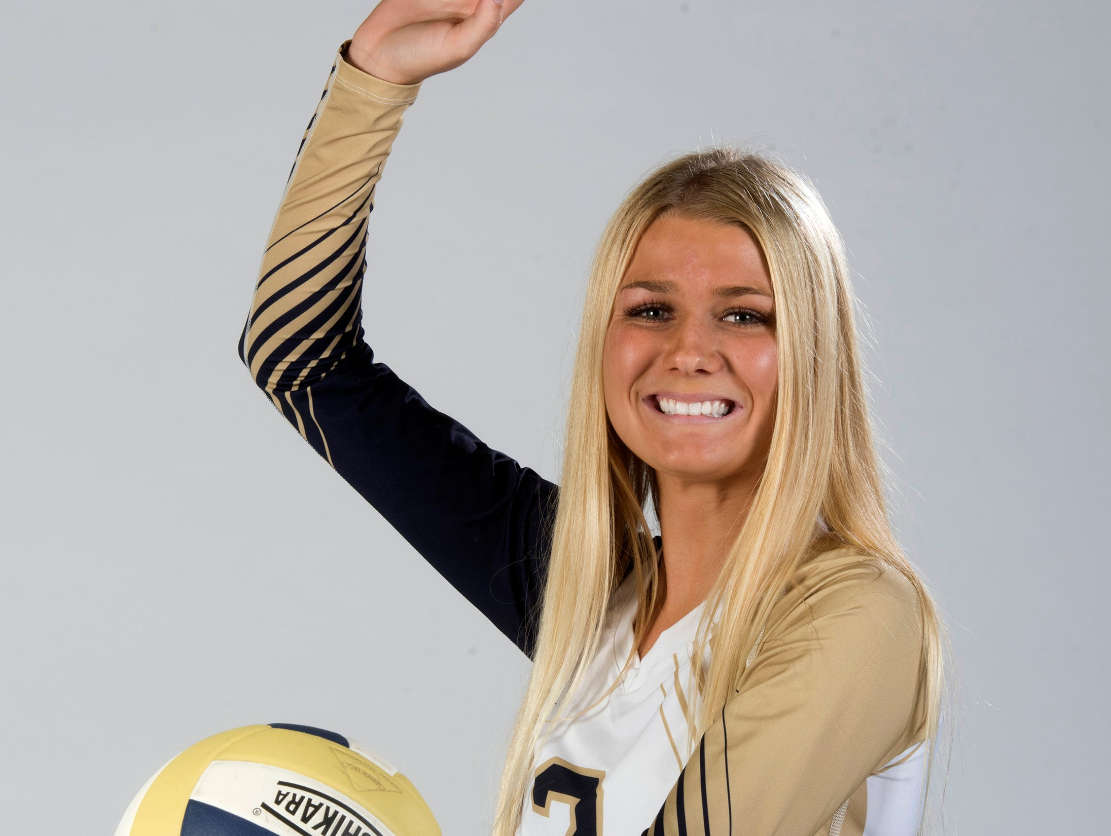 Gulf Breeze High School's Carlee Amberson is a 2018 SuperSenior volleyball selectee.