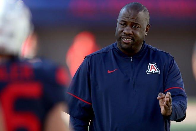 UA defensive coordinator Marcel Yates