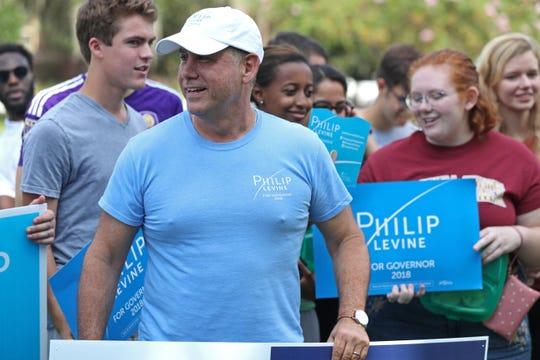 Gubernatorial candidate Philip Levine campaigns at Landis Green on FSU's campus Wednesday, Aug. 22, 2018.