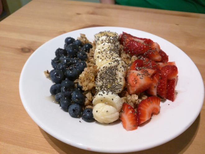 Rio Coco Cafe's Olympus Bowl was lightly sweetened and flavored Greek yogurt topped with crisp and hearty homemade granola and artfully arranged fresh strawberries, bananas and blueberries with a drizzle of honey.