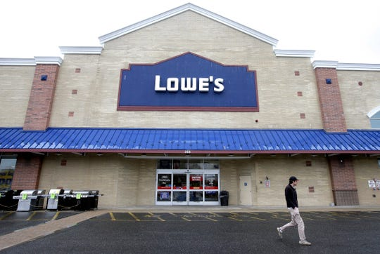 Lowe's Companies Inc. announced Wednesday it will close all of its Orchard Supply Hardware stores by February. The only Ventura County OSH store is in Thousand Oaks.