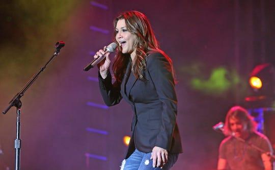 Gretchen Wilson in concert in 2013.