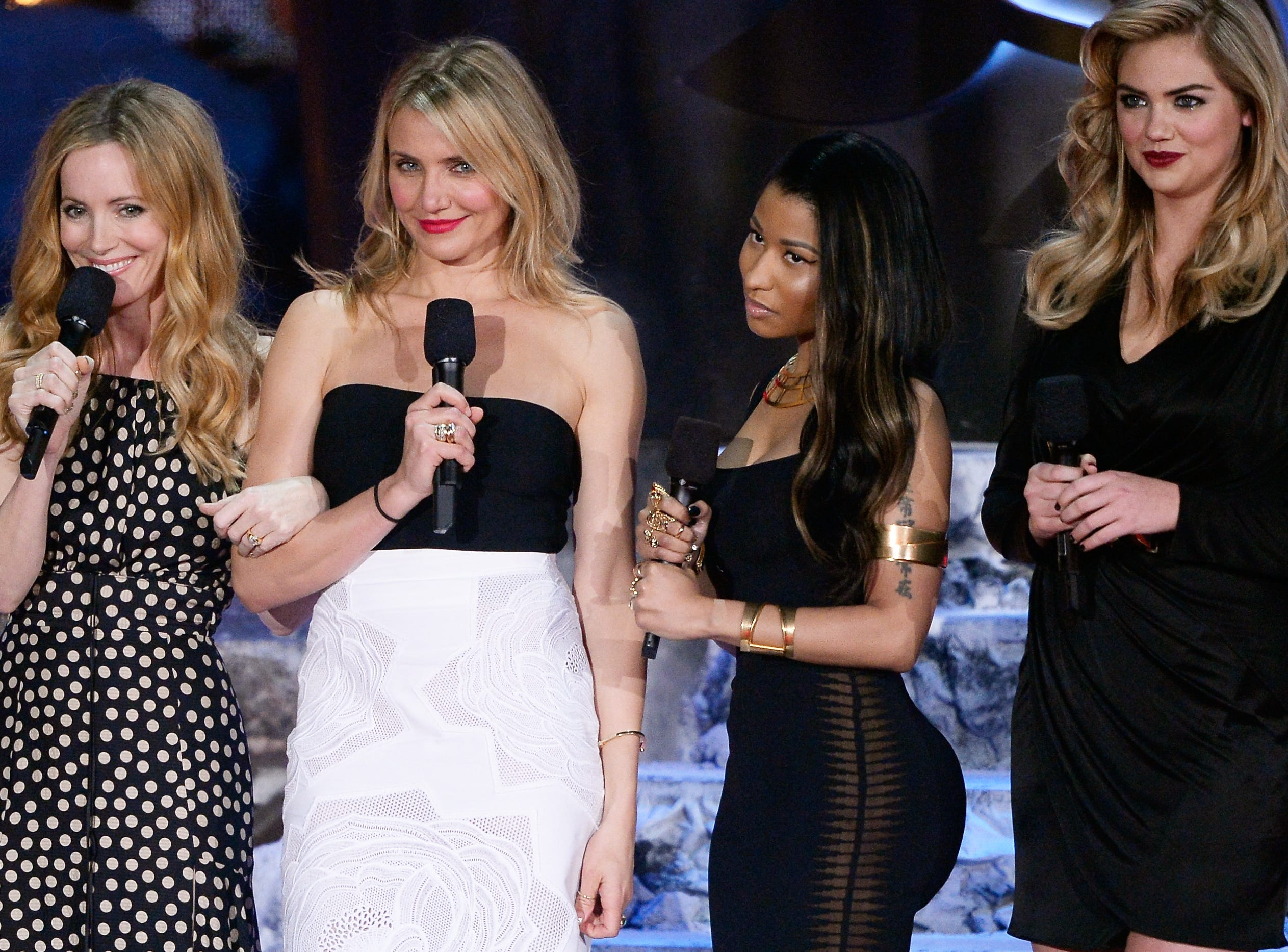LOS ANGELES, CA - APRIL 13:  (L-R) Actress Leslie Mann, actress Cameron Diaz, recording   artist Nicki Minaj, and model/actress Kate Upton speak onstage at the 2014 MTV Movie Awards at Nokia Theatre L.A. Live on April 13, 2014 in Los Angeles, California.  (Photo by Kevork Djansezian/Getty Images for MTV) ORG XMIT: 480854043 ORIG FILE ID: 484688209