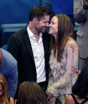 Hilary Swank and Philip Schneider attend the 2017 US Open Women's Finals in New York City.