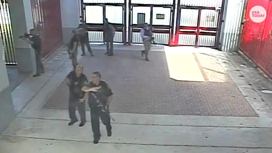 Former Parkland deputy Scot Peterson charged after staying outside Marjory Stoneman Douglas school shooting