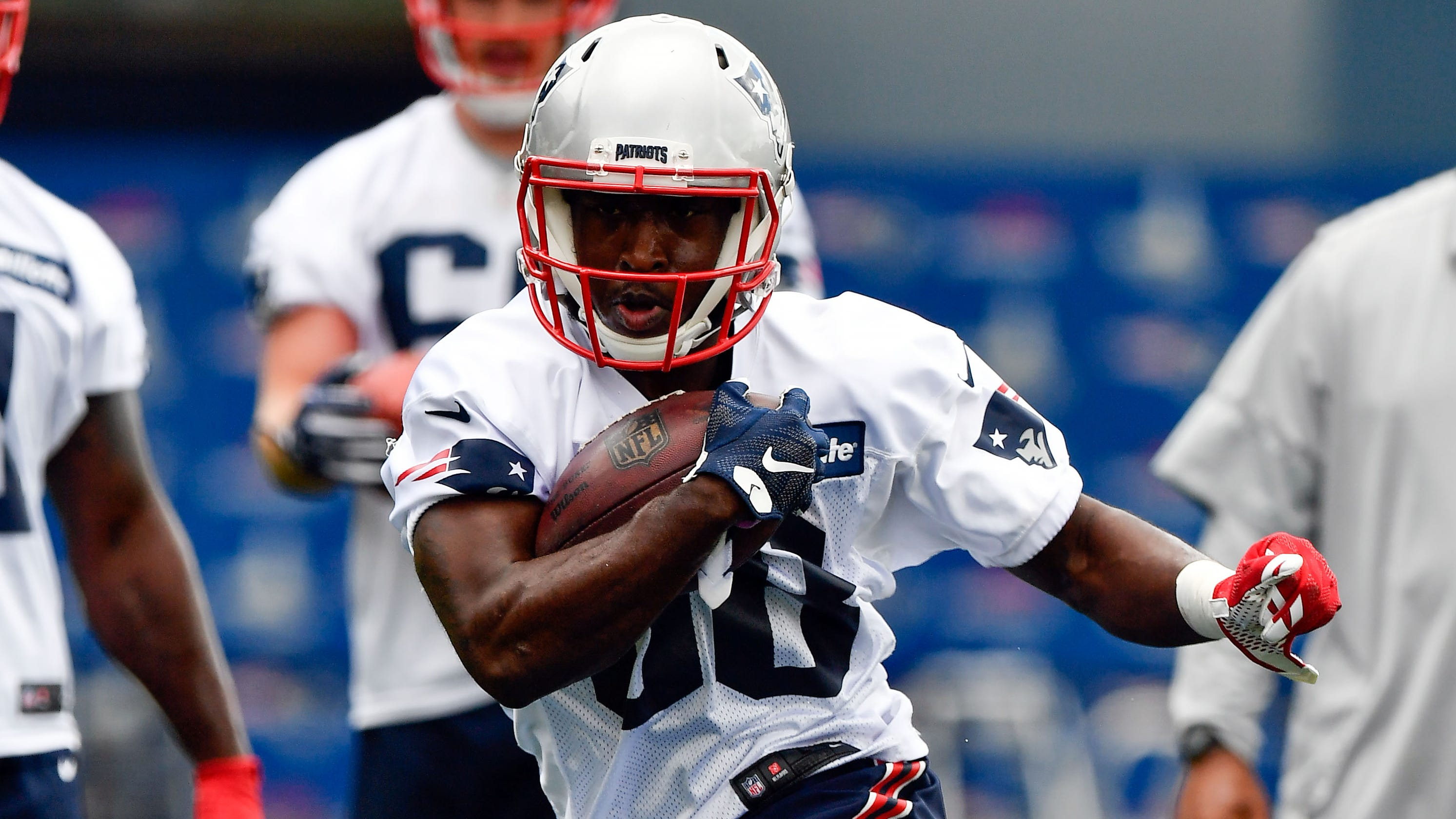 b32d05648f0 Patriots: Kenny Britt latest wide receiver to be sent packing
