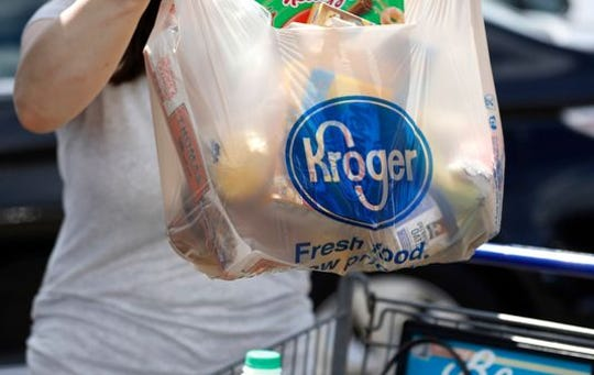 Kroger will be eliminating single-use plastic bags by 2025.