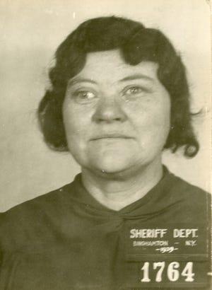 An arrest photo of Dora Warren from 1939.