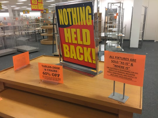Nothing will be held back, including the displays, furniture and hardware, as the Younkers' store at Merle Hay Mall in Des Moines heads into its final days. It closes for good Wednesday.