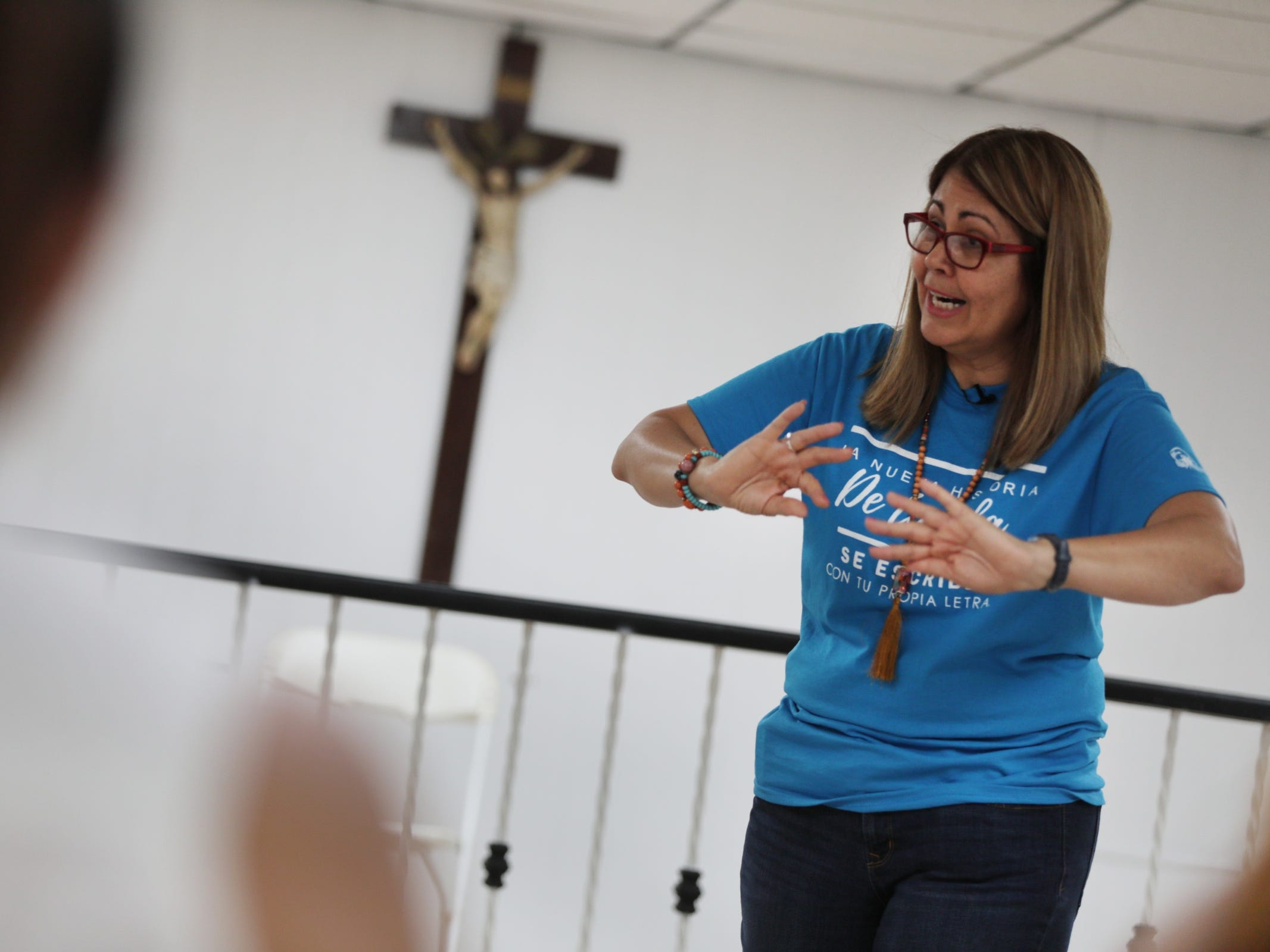 """Lourdes Ortiz, a Social Worker and director of Instituto para el Desarrollo Humano a Plenitud leads a workshop called """"Managing your emotions after Maria"""" in Utuado, Puerto Rico on Friday, July 27, 2018."""