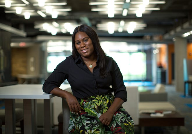 Dannis Mitchell, diversity manager for Barton Malow Company, is the recipient of the Dave Bing Young Leader Award, part of the Shining Light Regional Cooperation Awards.