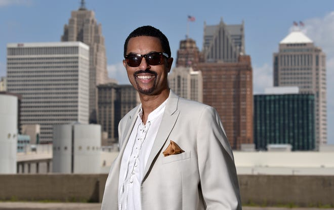 Detroit journalist Greg Dunmore, a partner in Pulsebeat Media, shared a special connection with longtime friend Aretha Franklin.