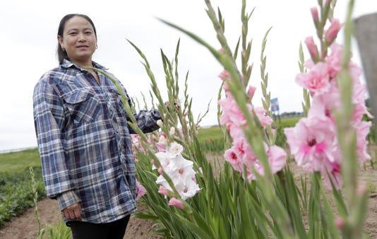 Gpg Hmongflowers 081518 Sk23