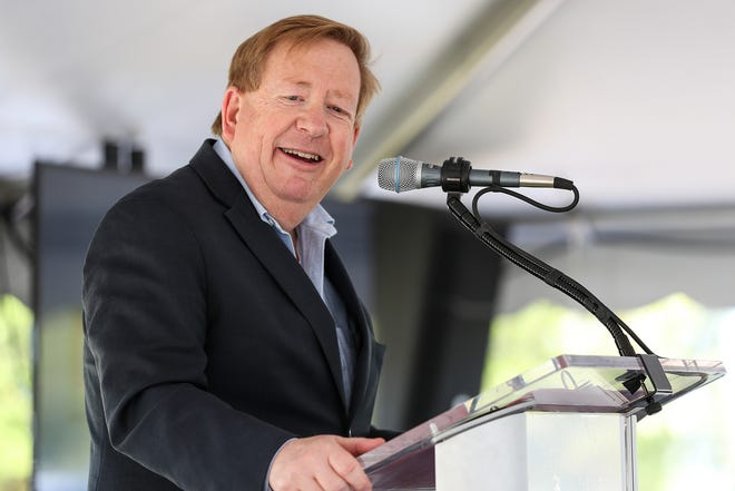 Carmel Mayor Jim Brainard speaks during a groundbreaking ceremony for the $55 million Schwarz Cancer Center to be built on the Indiana University Health North Hospital campus in Carmel, Ind., Thursday, Aug. 23, 2018.