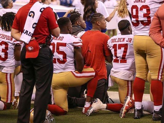 49ers Kneel 1