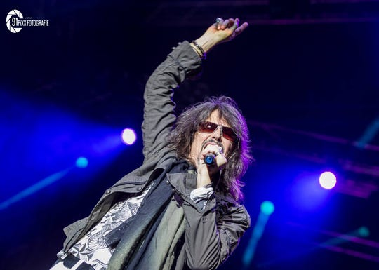 Foreigner vocalist Kelly Hansen performs during the group's Europe 2016 tour.