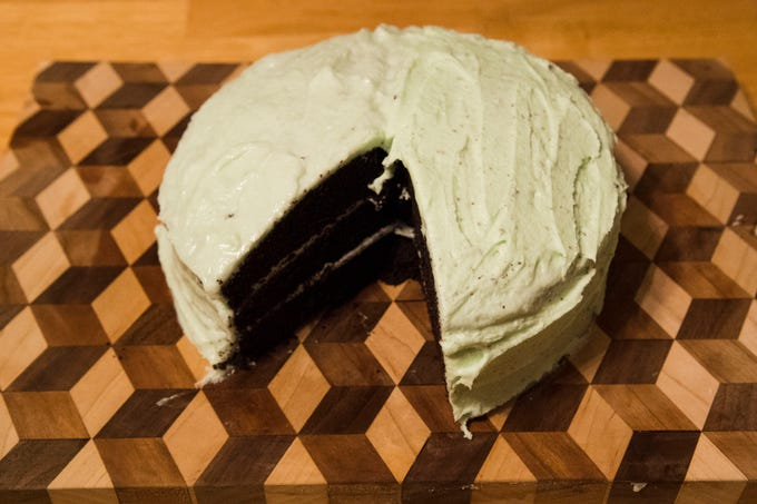 Gluten-free and lactose-free mint choco cake.