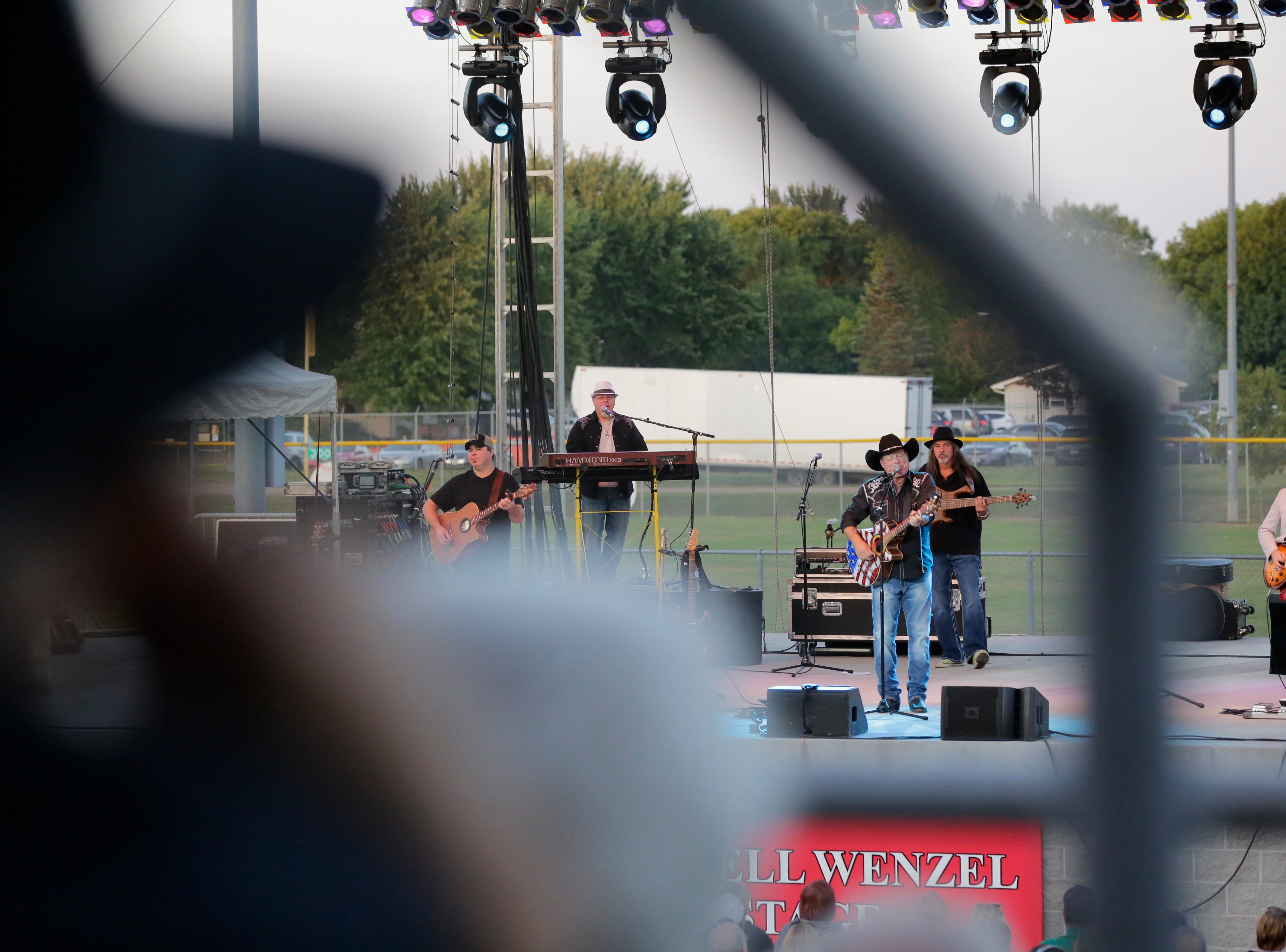 John Michael Montgomery performs in the grandstand at the Central Wisconsin State Fair in Marshfield Wednesday, August 22, 2018.