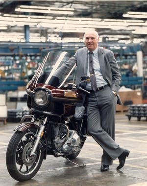 Vaughn Beals, credited with the turnaround of Harley-Davidson Inc. in the 1980s, has died at age 90.