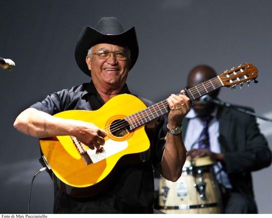 Cuban singer/guitarist Eliades Ochoa
