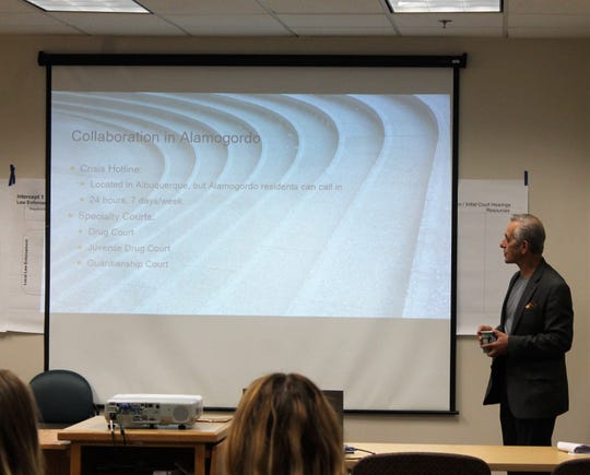 PRA facilitator Dan Abreu presents at the CIT grant kick-off event at Gerald Champion Regional Medical Center in August 2018.