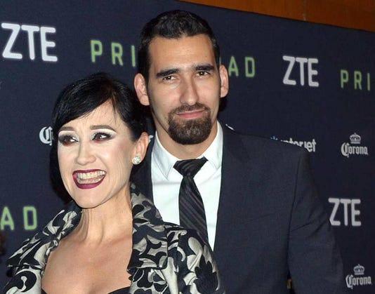 Susana Zabaleta Y Jose Roberto Pisano Lavoz