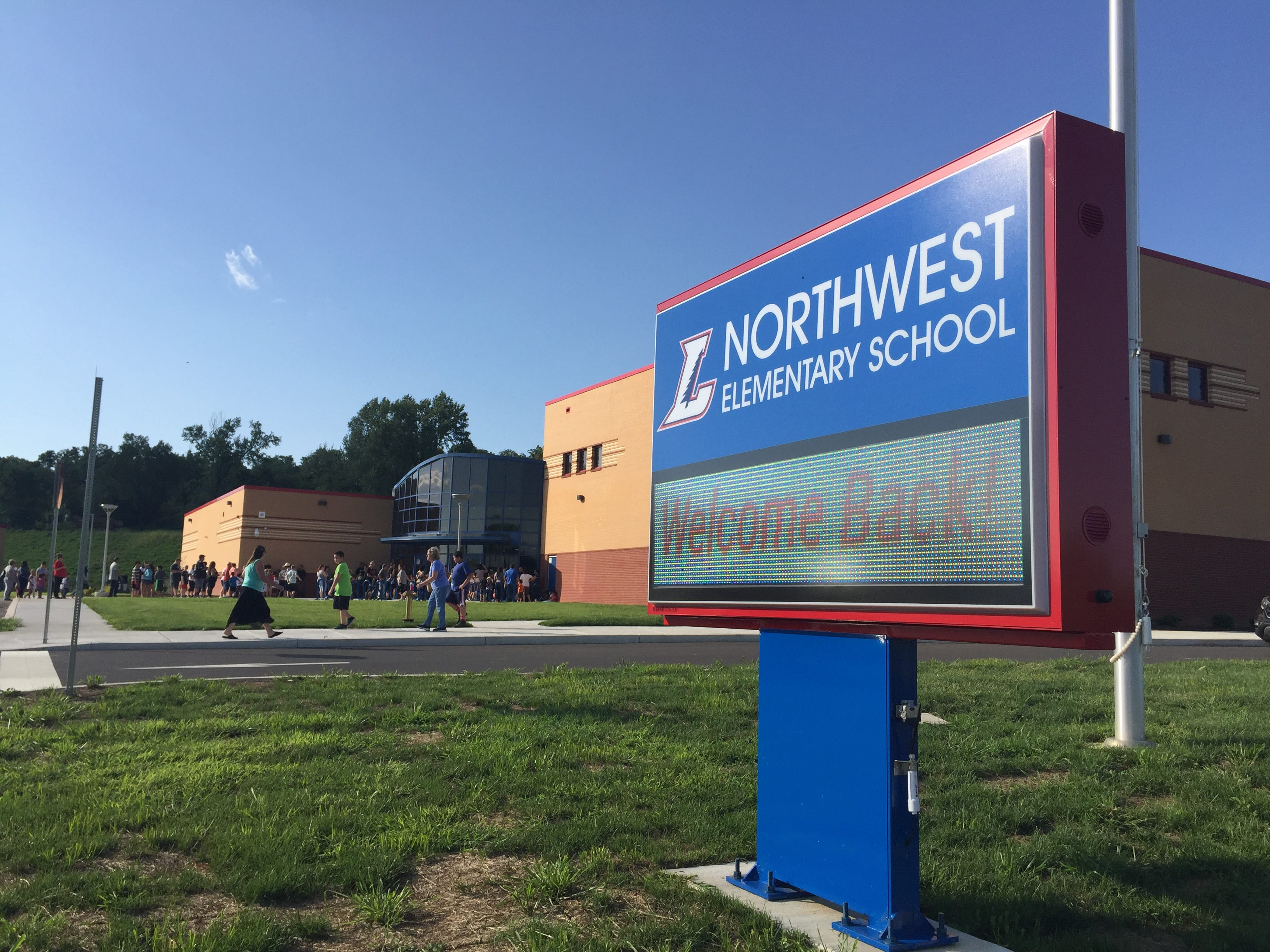 Parents and students line up for an open house at Lebanon School District's new Northwest Elementary School Aug. 23, 2018.