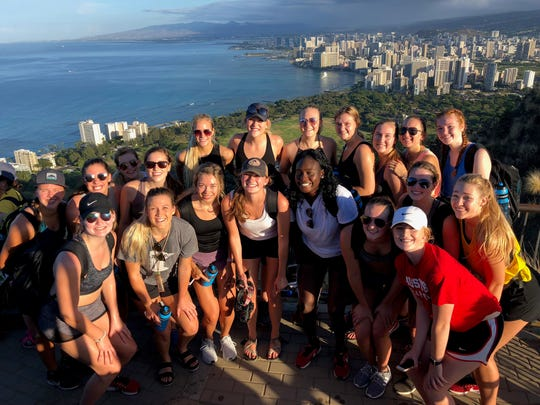 St. Cloud State University volleyball team members enjoy the scenery in Hawaii.