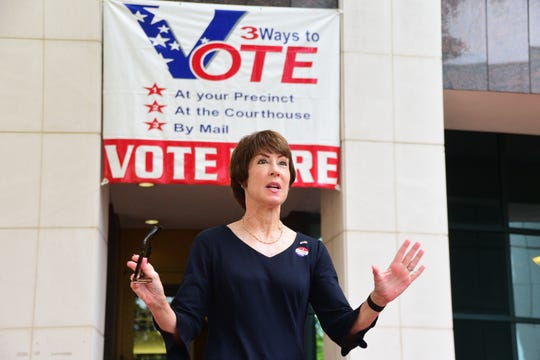 Florida democratic gubernational candidate Gwen Graham greets her supporters outside of the the Leon County Courthouse on Thursday after placing her vote for the Florida primary election.