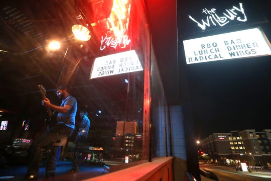 The action cranks up at the Wilbury on Gaines Street this weekend with Mudtown on Friday.