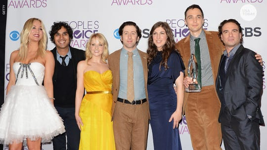 'Prepare yourselves': 'Big Bang Theory' cast shares emotional photos from last table read