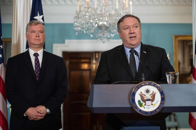 Secretary of State Mike Pompeo announces Steve Biegun (L) as special representative to North Korea at the State Department in Washington, D.C., on August 23, 2018.