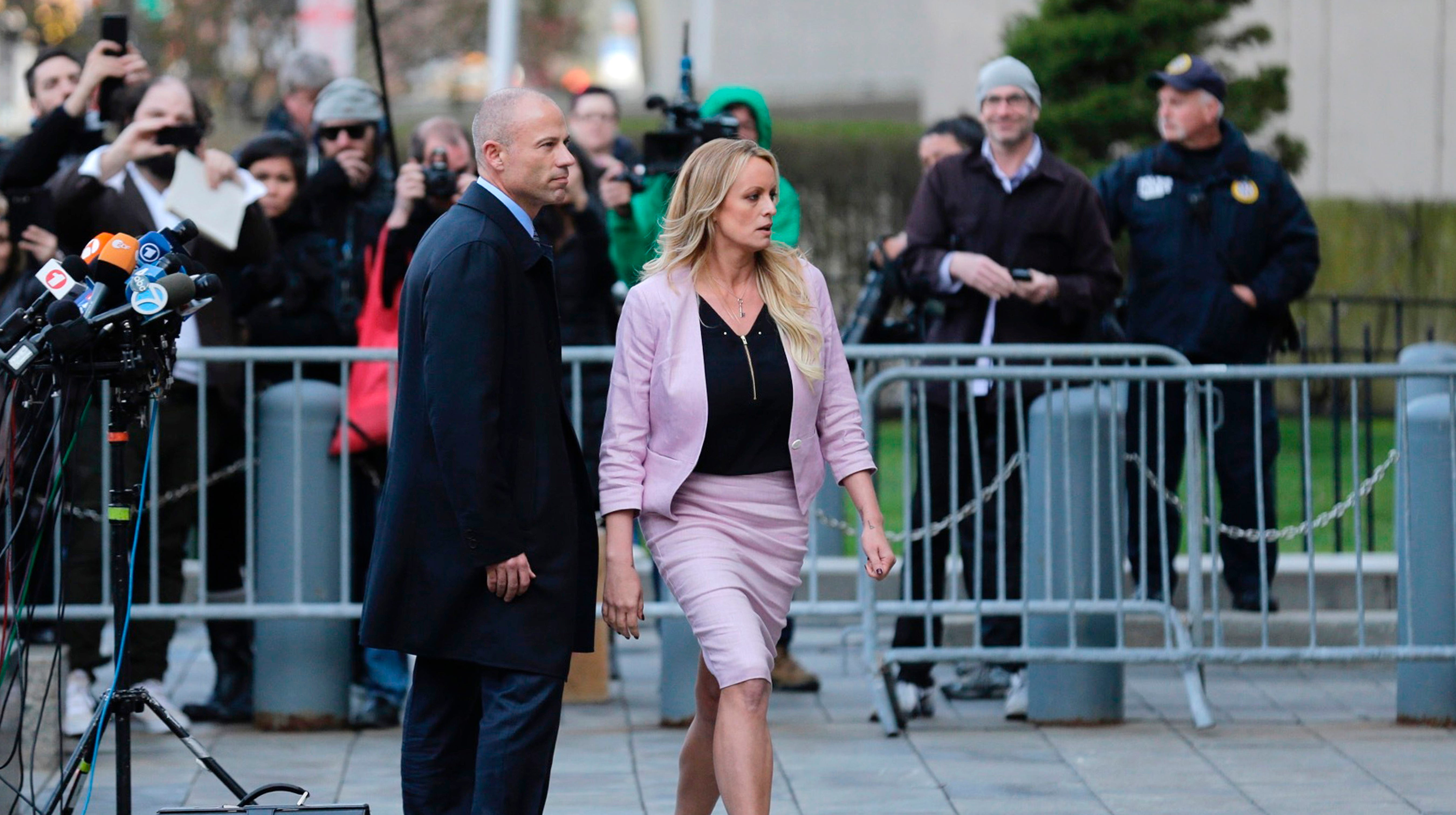 Judge appears likely to toss out Stormy Daniels' libel case against President Trump
