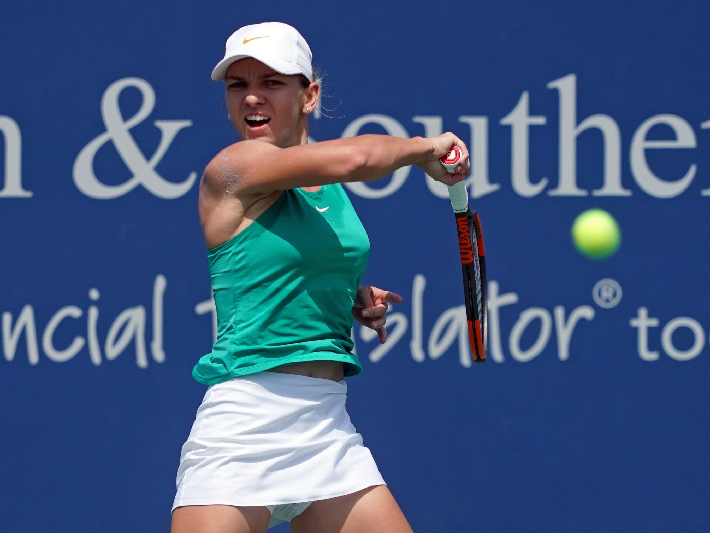 Simona Halep (1-8).